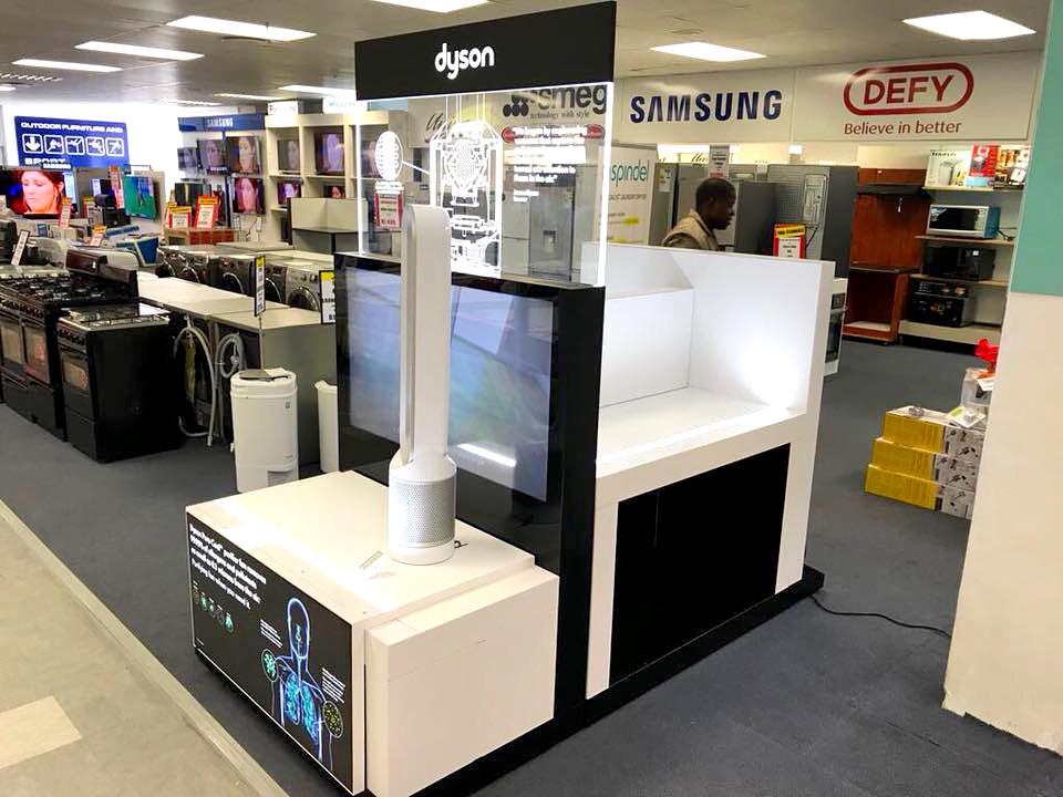 Shop Fitting - Dyson