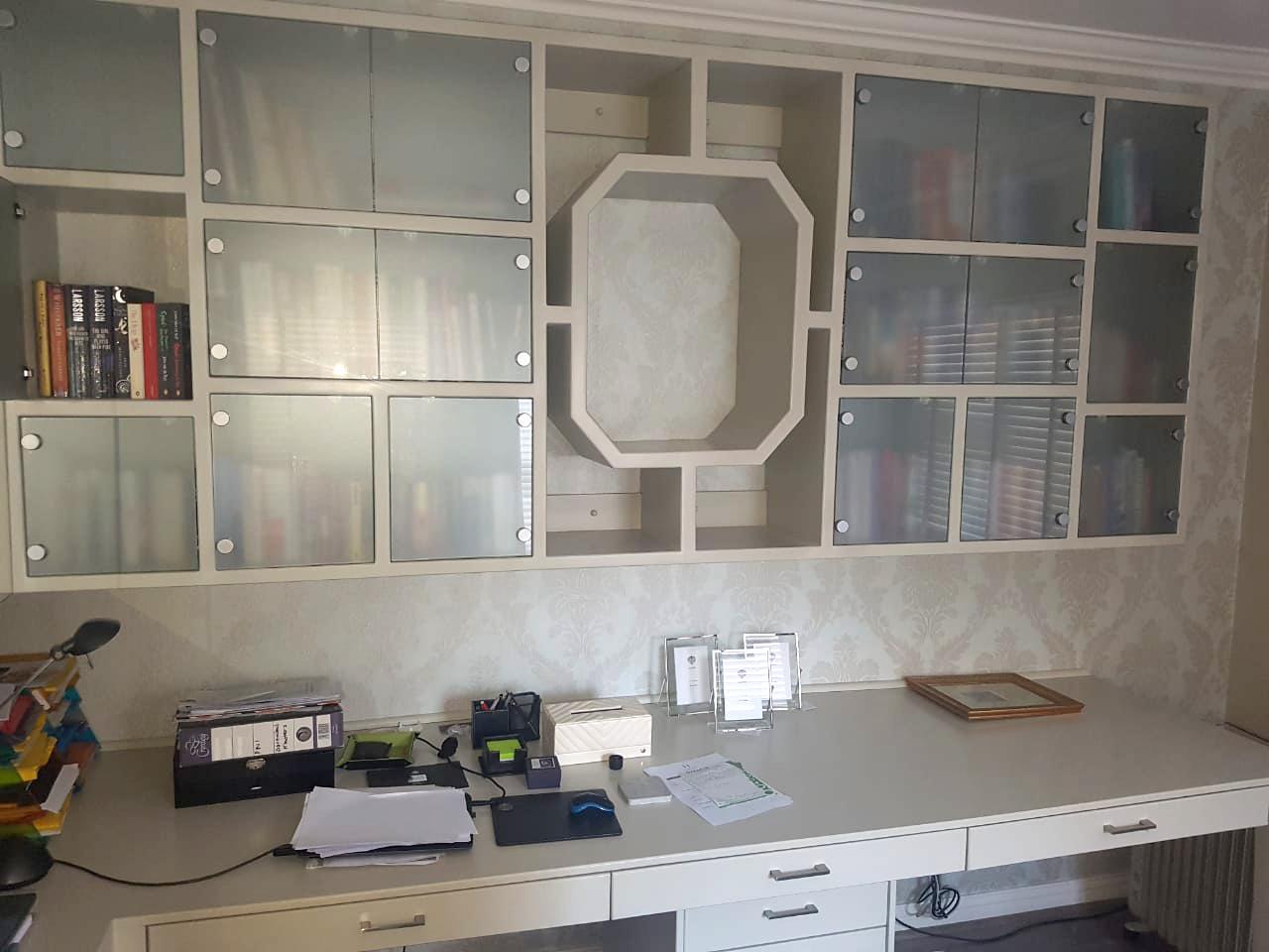 Design Furniture - Office Shelves