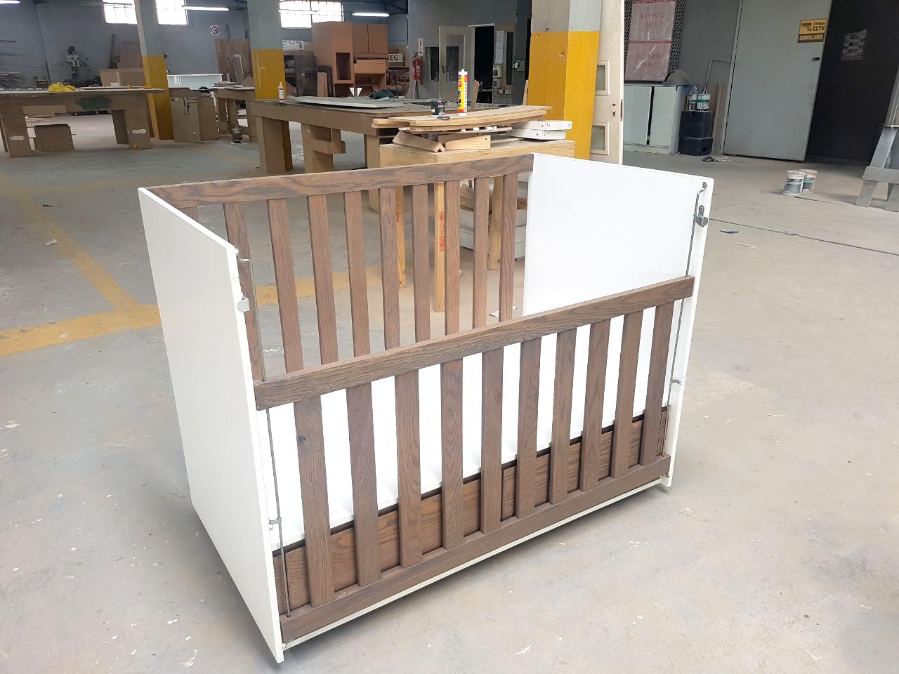 Design Furniture - Wooden Crib