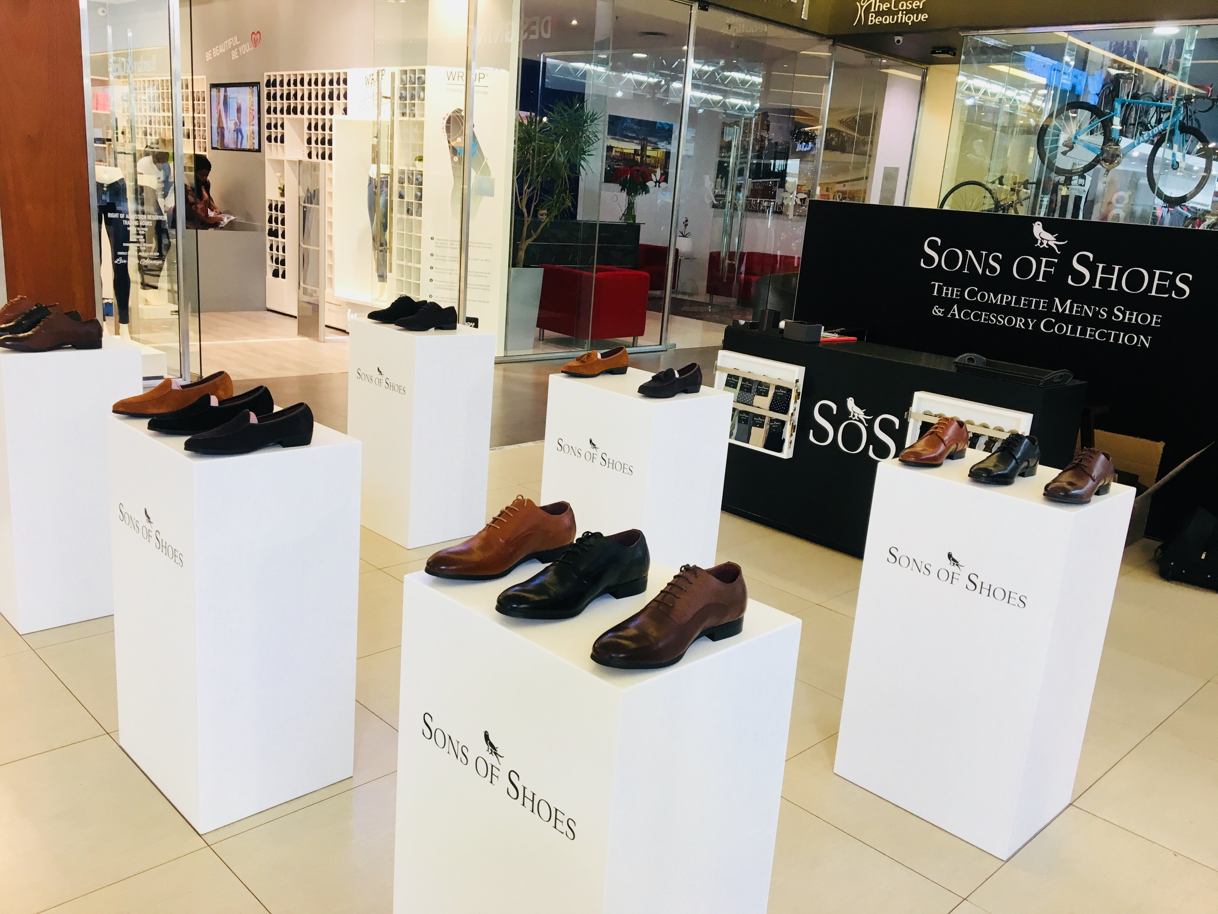Mall Activations - Sons of Shoes Display
