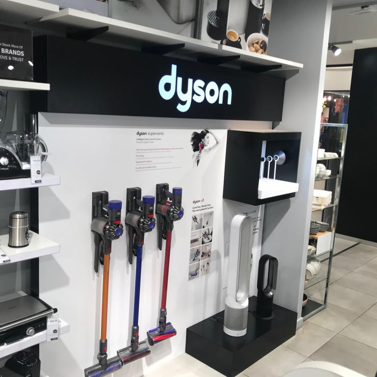 shop fitting dyson stand